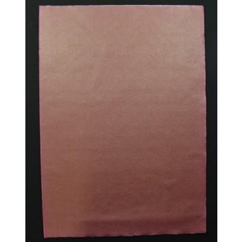 Geschenkseide; 50 x 75 cm; uni; braun  (teilweise verblichen); Seide, geprägt; Bogen, einmal gelegt; ca. 25 g/qm