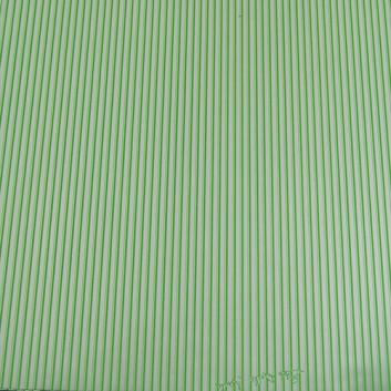 Geschenkfolie; 50 x 70 cm; Längsstreifen auf Silberglanzfolie; silber-grün; Glanzfolie silber, glatt; Bogen einmal gelegt; Rückseite: uni-silber