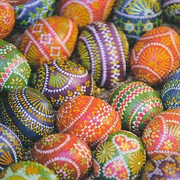Paper + Design Servietten; 33 x 33 cm; Traditional easter egg: Fotom. Ostereier; bunt; 200216; 3-lagig; 1/4-Falz (quadratisch); Zelltuch