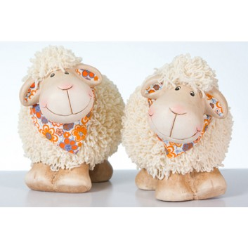 Deko-Schaf; mit Kunstfell und Halstuch; creme-braun - 2 Varianten; 11 x 7 x 10 cm; Keramik mit Kunstfell