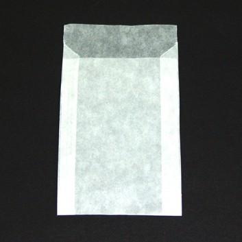 Pergamin-Flachbeutel; 75 x 115 mm; milchig, durchscheinend; Klappe ca. 15 mm; Pergamyn, säurefrei ca. 50g/m²; Breite x Höhe; Zweinahtflachbeutel