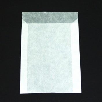 Pergamin-Flachbeutel; 95 x 130 mm; milchig, durchscheinend; Klappe ca. 15 mm; Pergamyn, säurefrei ca. 50g/m²; Breite x Höhe; Zweinahtflachbeutel