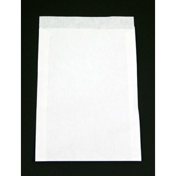 Papier-Flachbeutel, enggrippt; 130 x 180 mm; weiß-enggerippt; Klappe ca. 20 mm; Kraftpapier, ca. 70 g/qm; Breite x Höhe; Zweinahtflachbeutel
