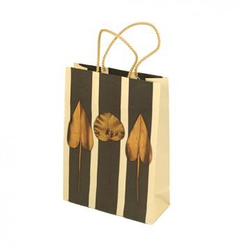 Präsent-Tragetasche mit Kordel; 20 + 8 x 27 cm; Blatt; creme-braun; mit Baumwollkordel; Papier; Breite + Bodenfalte x Höhe