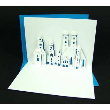 Glückwunschkarte mit Laserstanzung; 105 x 148 mm; ohne Text; München Stadttürme, blau hinterlegt; Ku: weiß, naßklebend, Spitzklappe